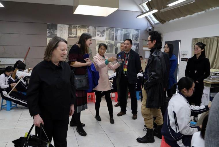 伦敦大学学院斯莱德艺术学院院长 专家到访深圳市美术学校