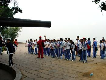 南湖小学全面开展社会实践教育活动
